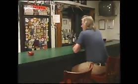 bionda barista porca