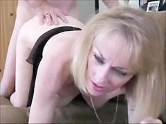 Melanie moglie cuckold con un nuovo bull