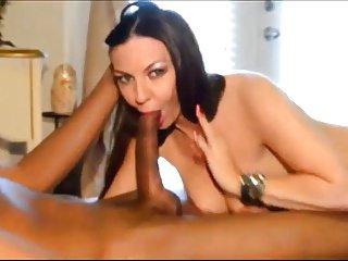 Scopata in lingerie da mazza nera enorme