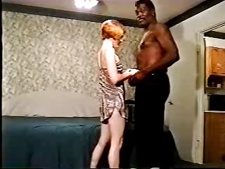 Film cuckold con negro e moglie troia