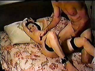 Cuckold vintage con moglie scopata e sborrata in faccia